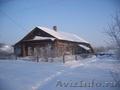 Дом бревенчатый в деревне