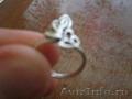 Продам 2 кольца и браслет